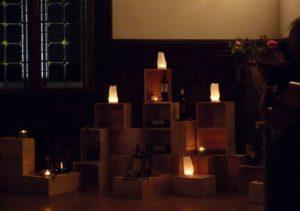 m Rahmen der DEEPWOOD Weihnachtsfeier werden Weine präsentiert