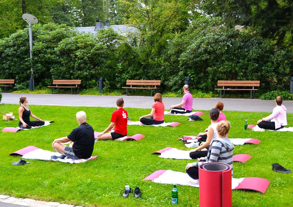 _0001s_0001_Yoga Work life balance